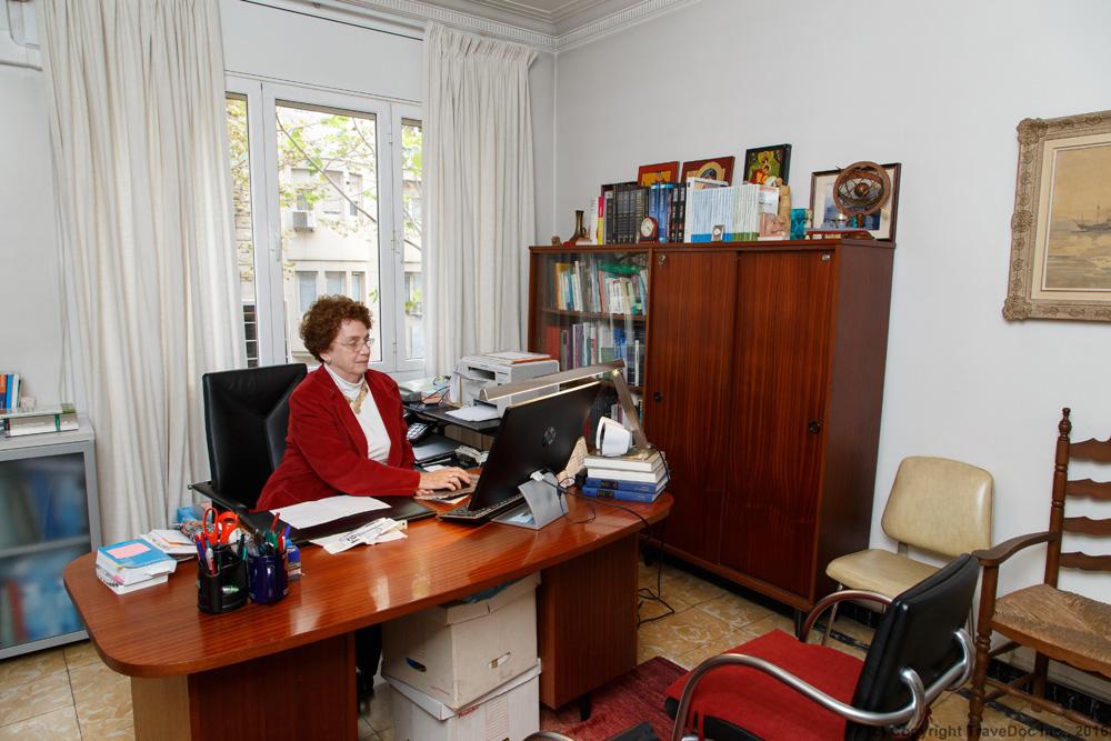 American Doctor In Barcelona
